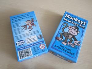 Monkeys need love too_WG962_01